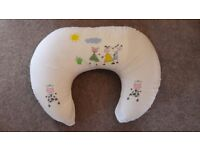 Widgey Baby Feeding/ nursing cushion pillow suitable for breastfeeding or bottle feeding