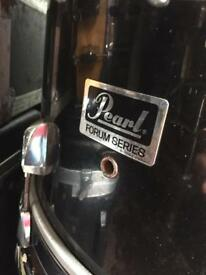 Pearl Forum Series Drumset and Premiere Drumset