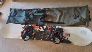 K2 MENS SNOWBOARD - barely used
