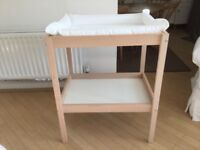 Baby Change Table, with inflatable baby Change mat. Used for only 6 weeks, almost brand new