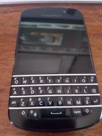 Blackberry Q10 Unlocked Charger & Cable Good Full Working