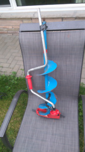 """Hand ice auger 6"""" with brand new blades"""