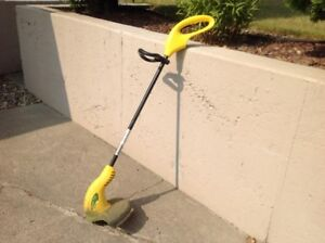 Electric Weed Eater Trimmer.