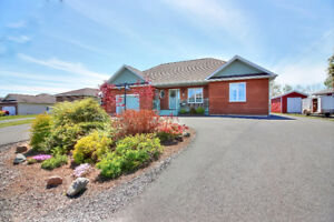 Antigonish - Stylish & spacious, well appointed ranch home