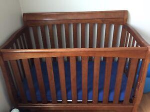 Delta Convertible Crib