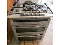 Neff built under double oven (W 594 mm) & Neff 5 ring gas hob (W 700 mm)