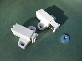 Touch Latches x 12 for cupboard doors. Unused.