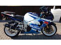Suzuki GSXR 1000 K1 from 2001 only 12.7K miles