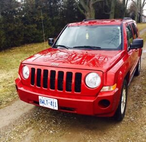 Jeep Patriot - Great on fuel- 4x4 automatic -North Edition
