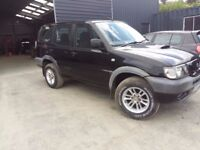 breaking black 2002 nissan terrano 2.7 lwb 7 seats 4x4 parts spares