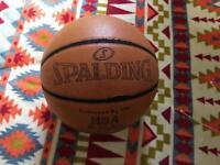 Basketball - Spalding regular size 7 ball