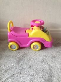 Fifi and the flowertots ride along truck