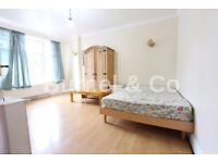 2 bedroom flat to rent in Hounslow Central, Sunnycroft Road, TW3