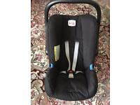 Britax car seat/carrier - birth to 15kg