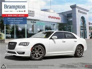 2017 Chrysler 300 S   RWD   EX DEMO   LOW KMS    8.4 IN TOUCHSCR