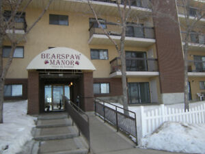 Apartment Condominium in Keheewin - 1 Bdrm - Available Oct 1st