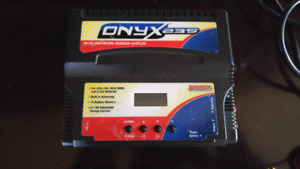 RC Onyx 235 Charger