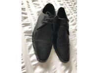 Size 9 Voeut Black Men's Formal Shoes