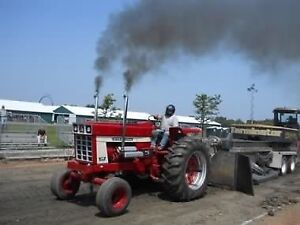 Farm stock and antique tractor pull
