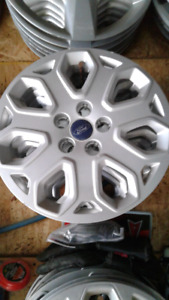Set of hubcaps off 2016 ford focus  16 inches