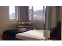 **Furnished Twin or Double for couples in CR4**