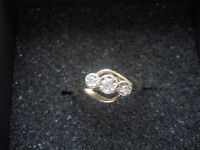 9CT GOLD TRIOLOGY RING SIZE N
