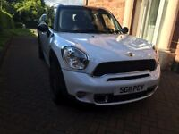 Mini All 4 Wheel Drive With Chilli Pack, Panoramic Roof, one owner, full BMW service history