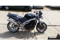 triumph triple speed 955i