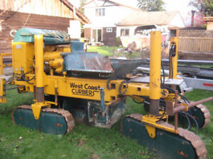 Continuous Concrete Curb Machine