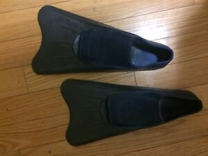 Large Aquasport fins