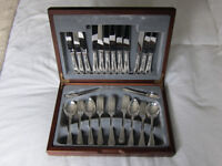 Canteen of silver plated cutlery - Sheffield Steel - in presentation box - 42 pieces