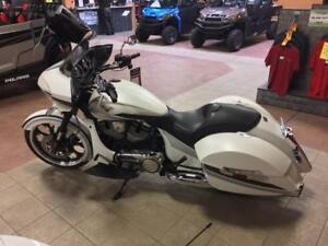2016 Victory Magnum Demo Full Warranty 2 years/  stage 2 engine