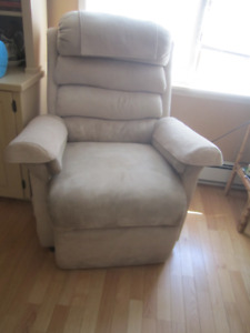 Pride Lift Chair with New Remote
