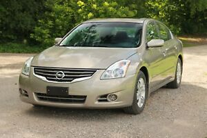 2012 Nissan Altima 2.5 S ONLY 60K | Sunroof | Heated Seats