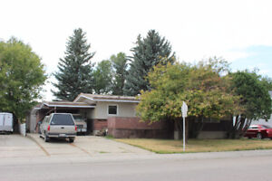 412 7th Street, Picture Butte T0K 1V0