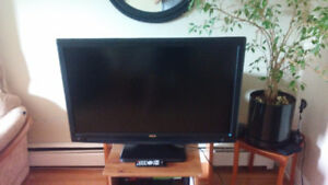 Super Clean 42 inch LCD Hdtv