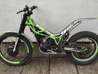 Vertigo combat 300 cc trials bike