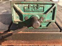 Vintage Woodworkers/Craftworker's vice