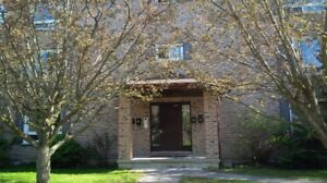 2 Bedroom Apartment $925.00+ Hydro- Avaiable Sept. 1st, 2017.
