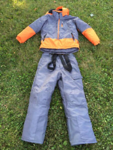 Boys Alpinetek Snowsuit Size Large (14-16) - Excellent Condition