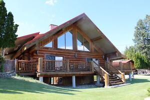 August 26- Sept. 2 Executive Log Home Vacation Rental Kaleden