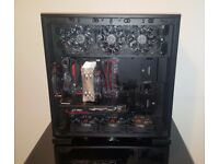 Custom Built Gaming PC, Monitor U2713H