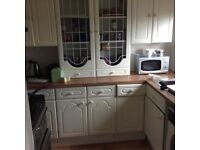 Fully furnished spacious 1 bed flat for short holiday let