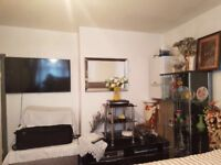 DOUBLE ROOM TO RENT FOR SINGLE PERSON IN BARKING IG11 8RA-BILLS INCLUDED-