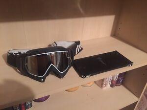 Thor Snowboarding Goggles W/ Extra Lense