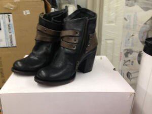 "Brand New ""Firebird"" Ladies Boots In The Box"