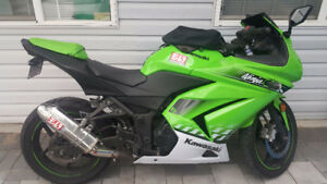 2010 Kawasaki Ninja 250R(make me a decent offer, I'll accept)