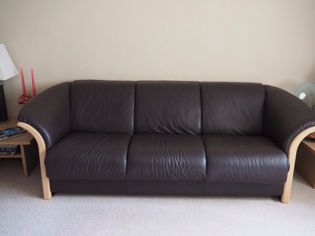 stressless manhattan 3 seater sofa price reduced in christchurch dorset gumtree. Black Bedroom Furniture Sets. Home Design Ideas