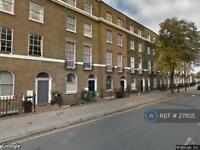 3 bedroom flat in Calthorpe Street, London, WC1X (3 bed)