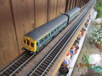 Triang 2 car D.M.U. British rail blue